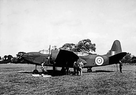 Dummy_aircraft_-_Oct._1943