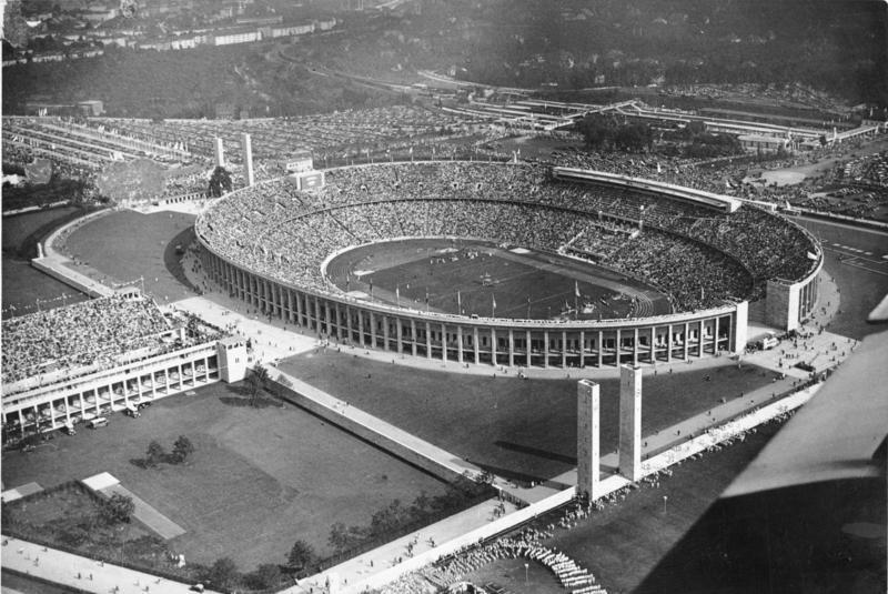 Berlin, Olympia-Stadion (Luftaufnahme)