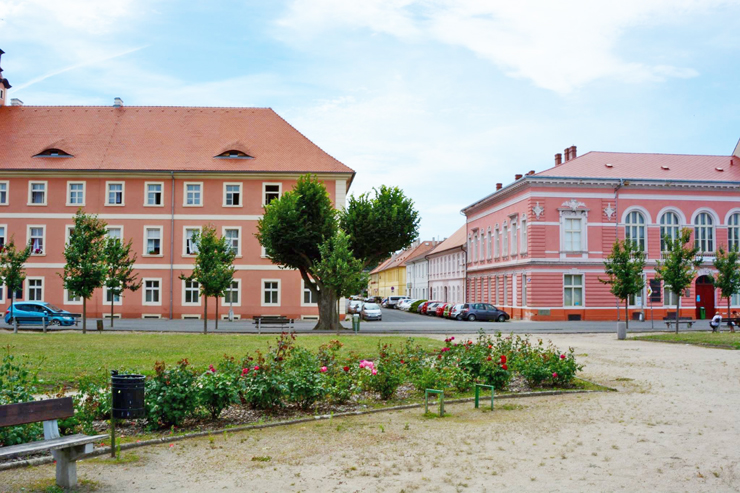 Terezin-Ghetto-Red-Square