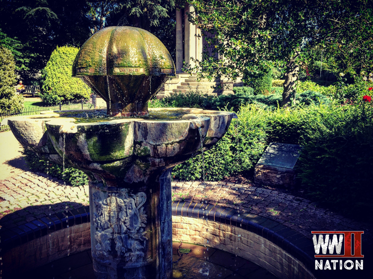 memorial-fountain-dedicated-to-the-men-in-jephson-gardens-royal-leamington-spa