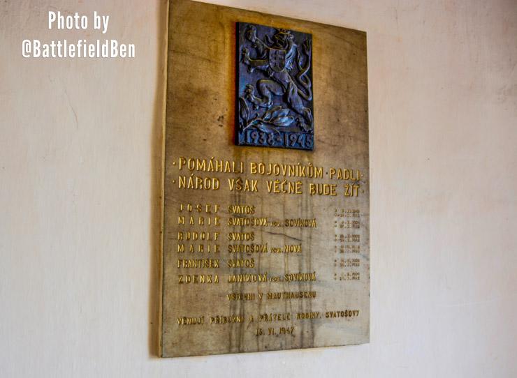 memorial-to-svatos-family-prague