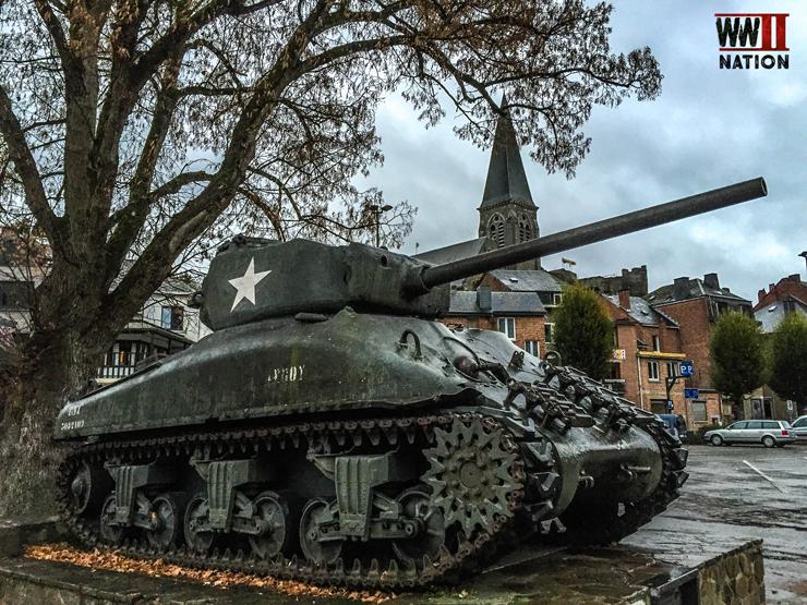 a-us-sherman-tank-in-la-roche