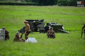 DFVS-British-Infantry-Digging-In