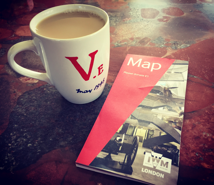 VE-MUG-IWM-LONDON