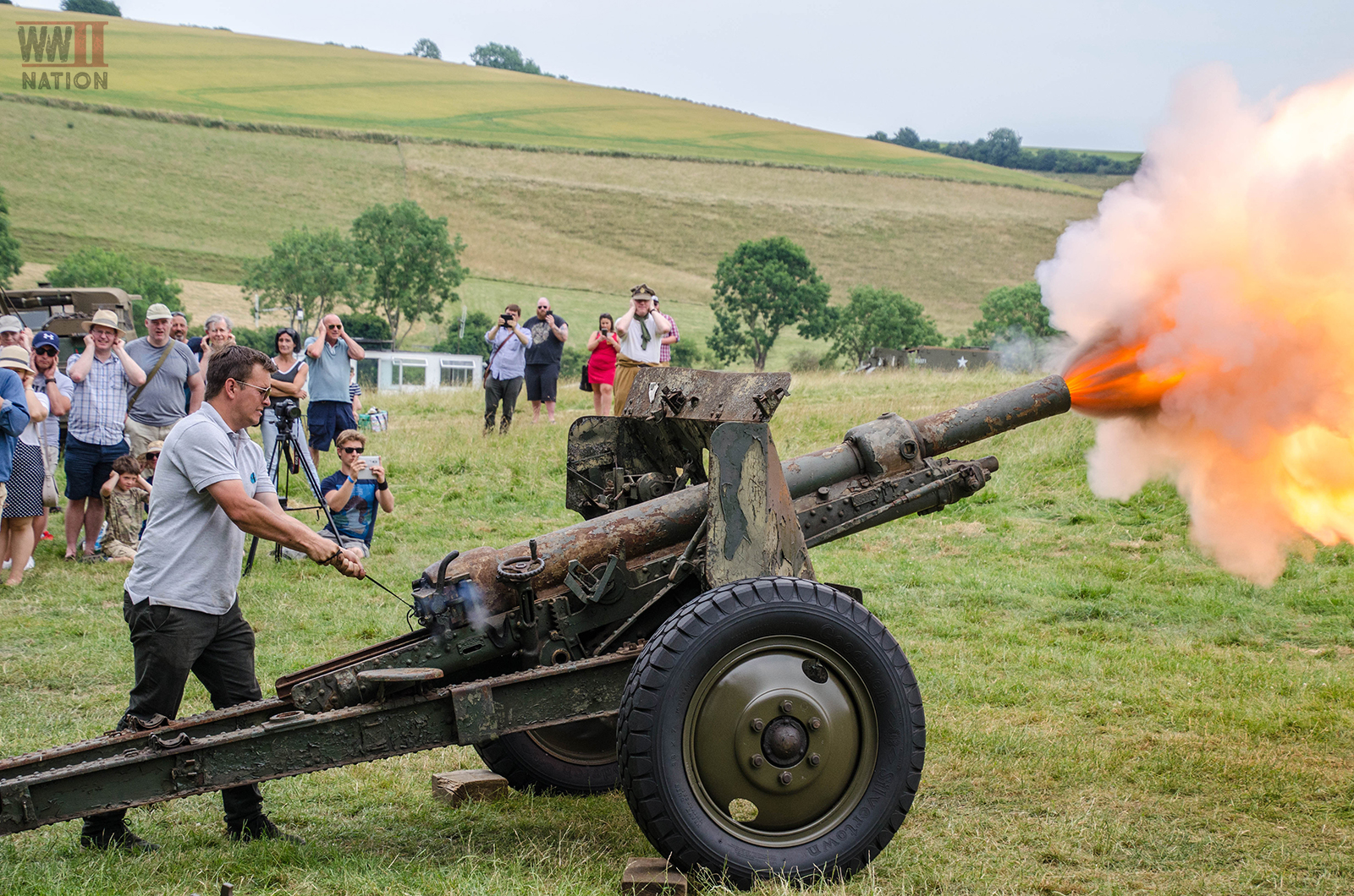 Ordnance QF 18-Pounder Field Gun at the Chalke Valley History Festival 2018 Firing