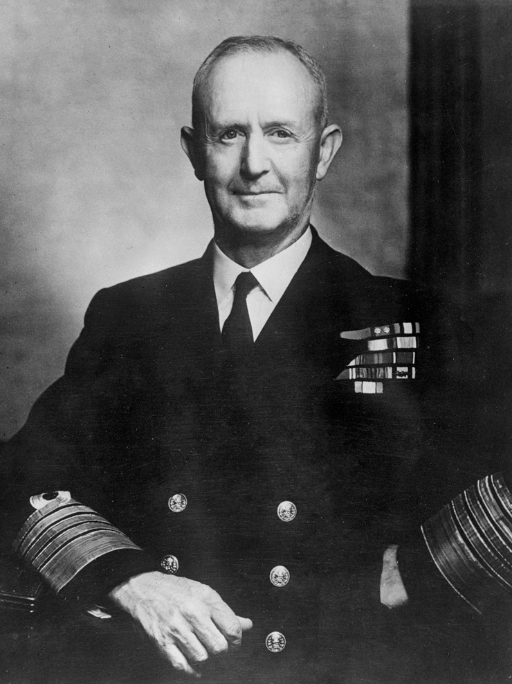 Admiral of the Fleet Sir Andrew Cunningham, 1947. Photo via Yousuf Karsh [CC BY-SA 3.0 nl (https://creativecommons.org/licenses/by-sa/3.0/nl/deed.en)], via Wikimedia Commons.