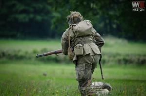 DFVS-Battle-Training-Exercise-American-Soldier-Advances-4
