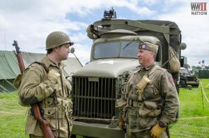 DFVS-US-Troops-In-Conversation_